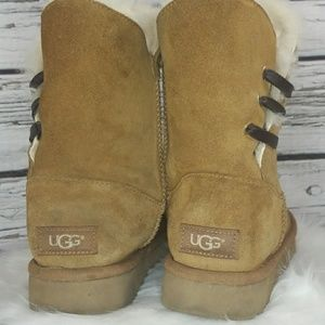UGG furry tan winter boots size 7
